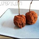 Tartufi di cioccolato con la ciliegia dentro